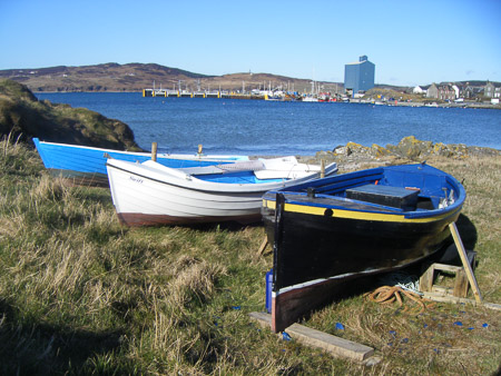 Port Ellen - old rowing boats